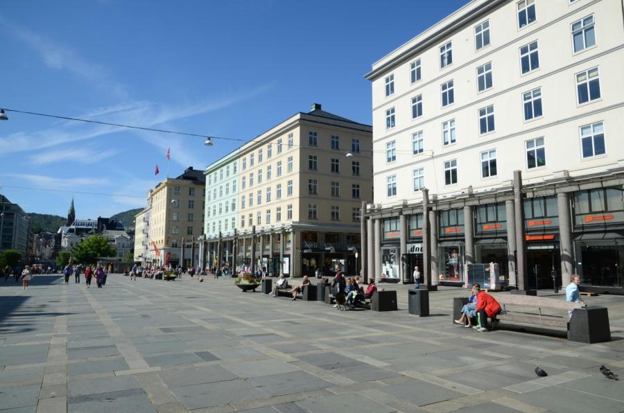 Einkaufsstrasse in Bergen