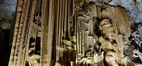Stalagtiten in den Cango Caves