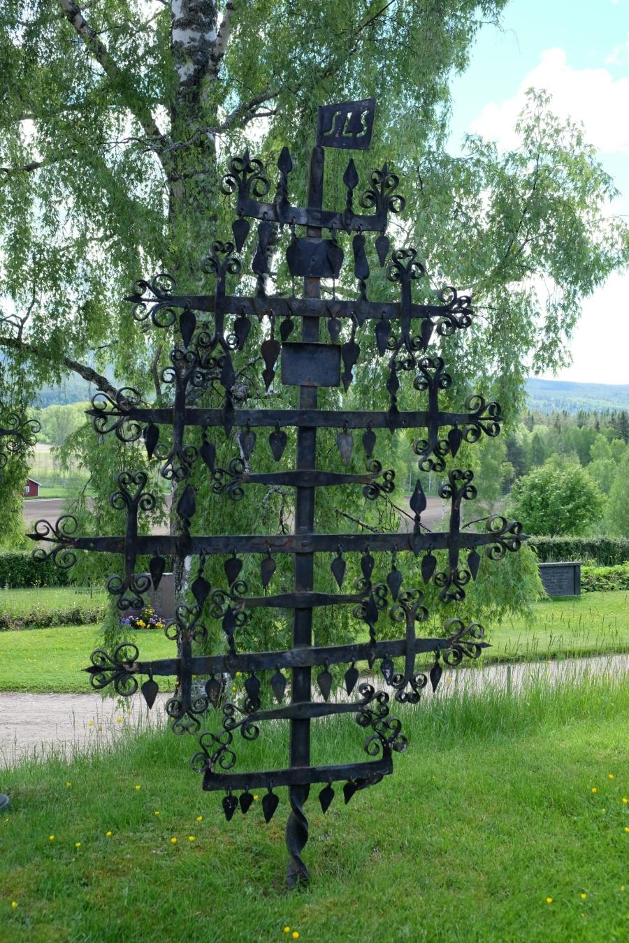 Lebensbaum auf dem Friedhof von Ekshärad