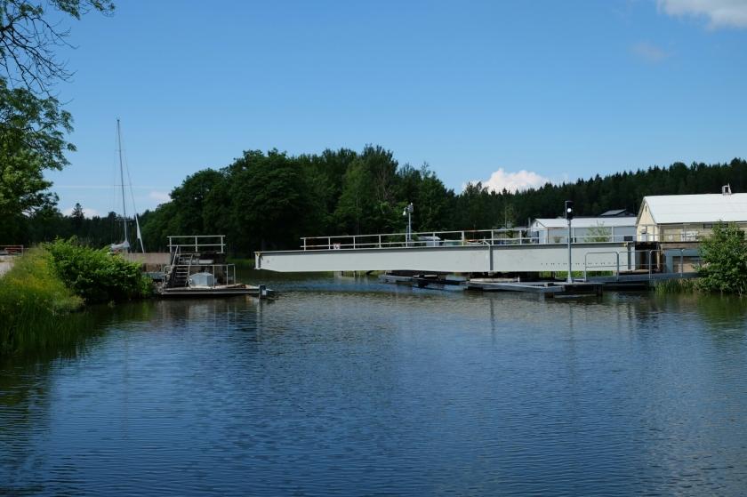 Schwenkbrücke am Götakanal bei Lyrestad