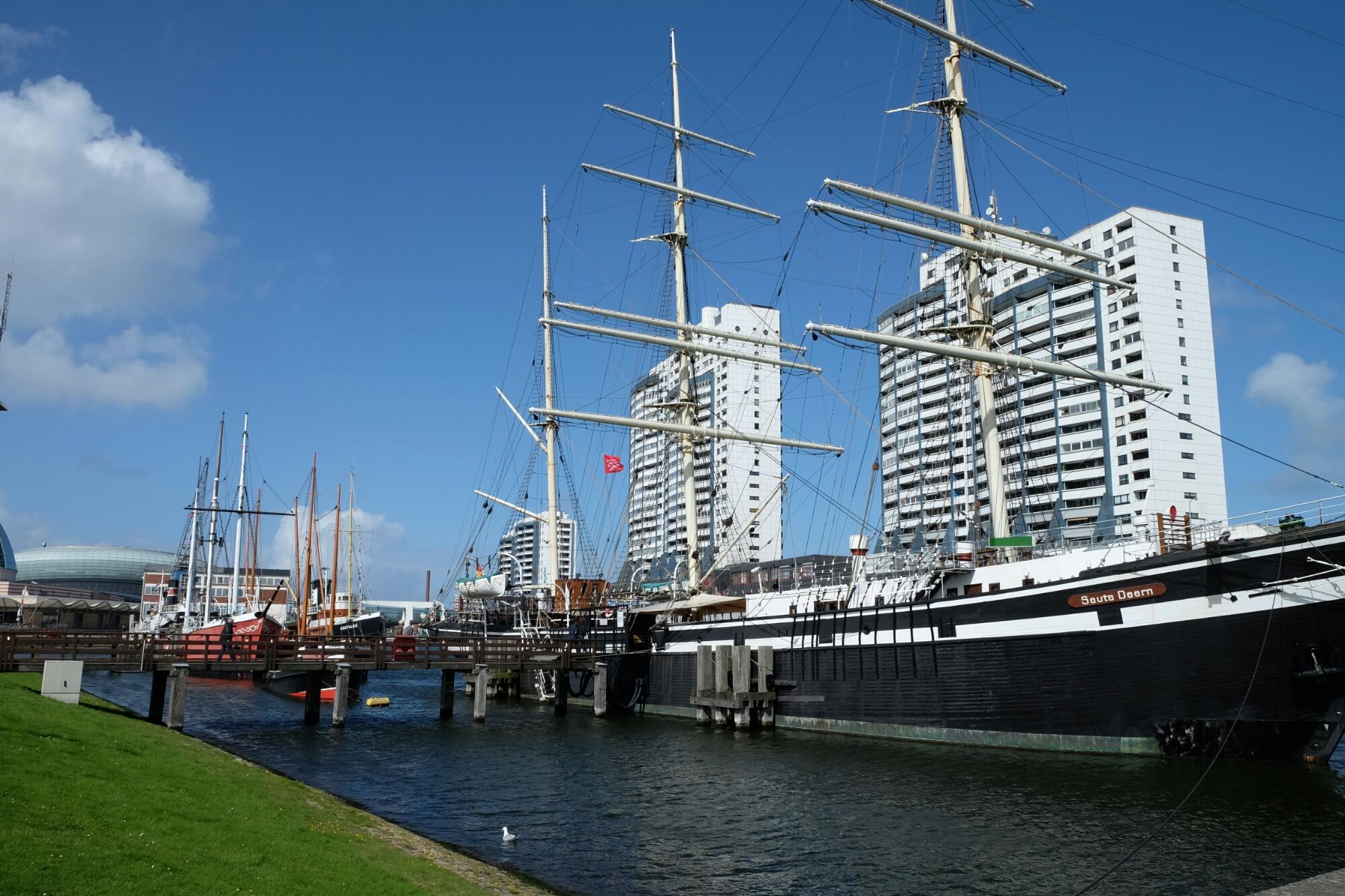 Schifffahrtsmuseum an der Hafenmeile von Bremerhaven
