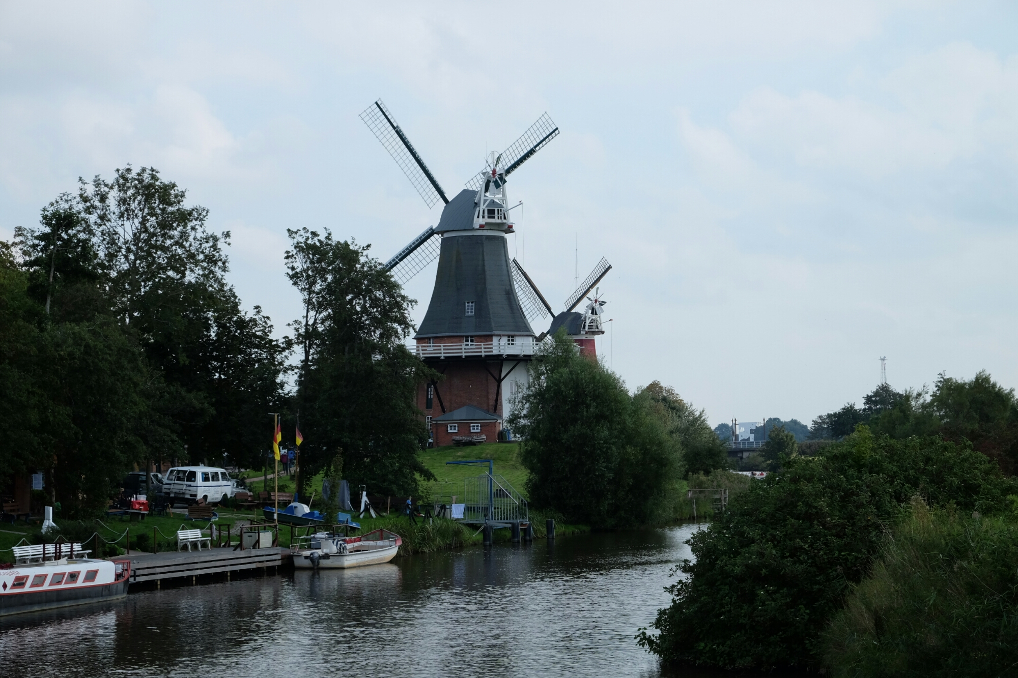 Windmühlen in Greetsiel (Gallerieholländer)