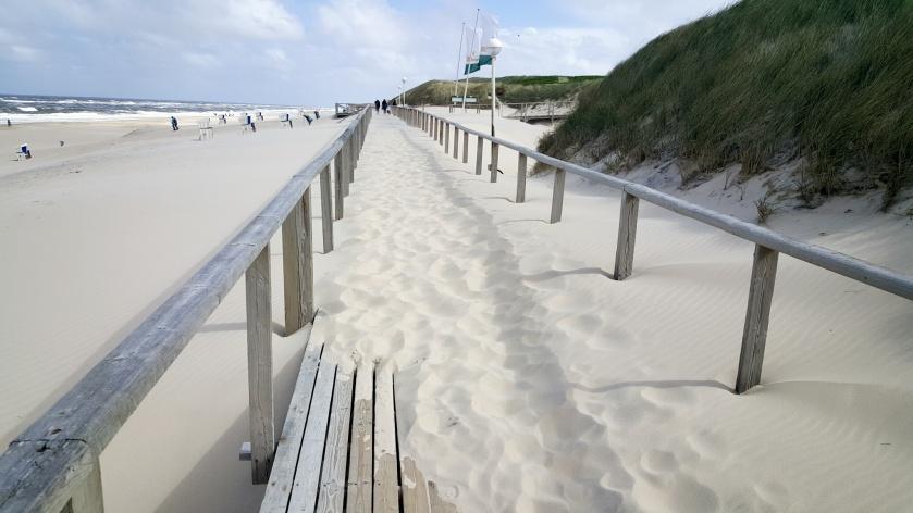 Bohlenweg an Westerlands Strand