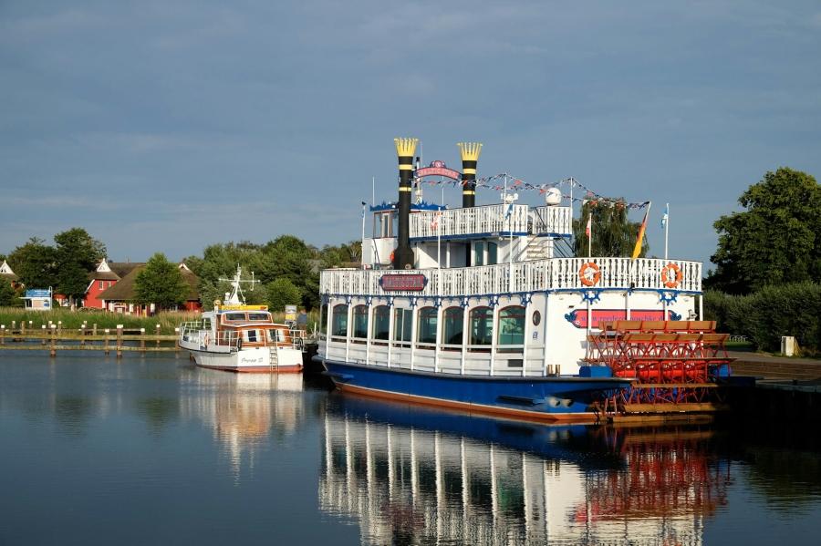 Am Hafen von Prerow