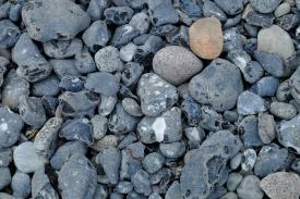 Feuersteine am Strand von Vitt