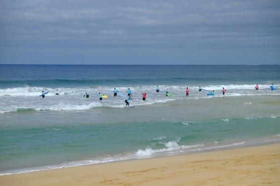 Surf-Anfänger an der Playa del Castillo