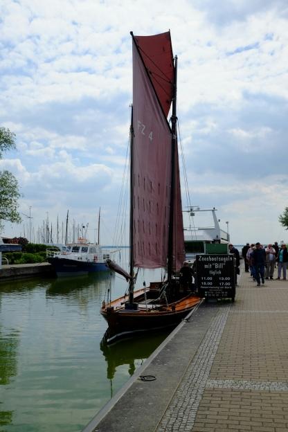 Zeesboot Bill im Hafen von Wustrow