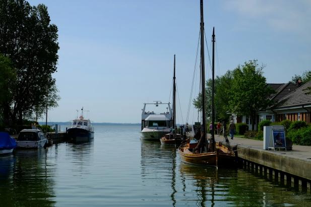 Hafen von Wustrow mit Zeesbooten Butt und Bill