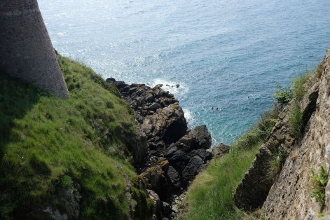 Klippen beim Fort La Latte