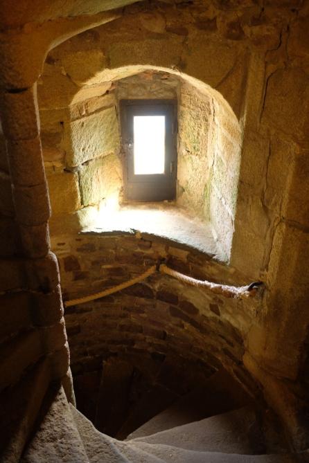 Fort La Latte - Treppe im Bergfried