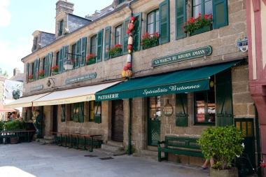 Concarneau, Ville Close, Rue Vauban