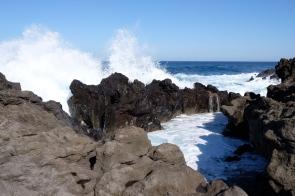 Playa del Islote an der Küste bei Tenesar