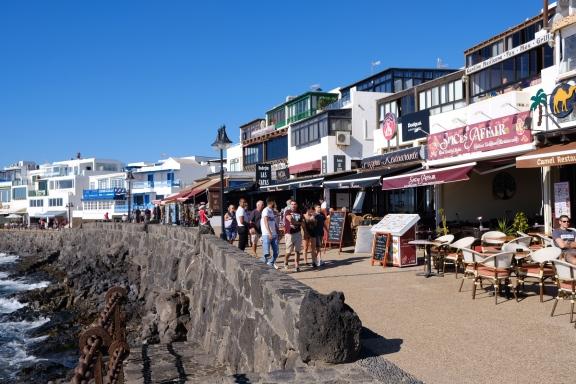 Promenade in Playa Blanca
