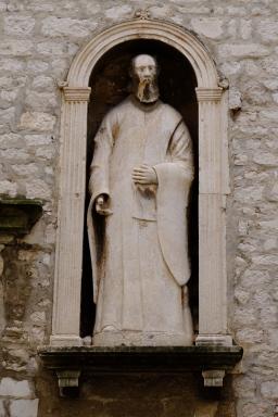 Statue in der Kathedrale des Heiligen Jakob (Katedrala sv. Jakova)
