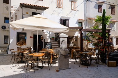 Restaurant in Baška