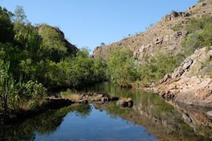 Wasserlauf bei den Maguk Falls