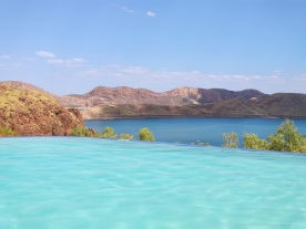 Infinity Pool des Lake Argyle Resorts