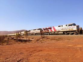 Lokomotiven eines Minenzugs