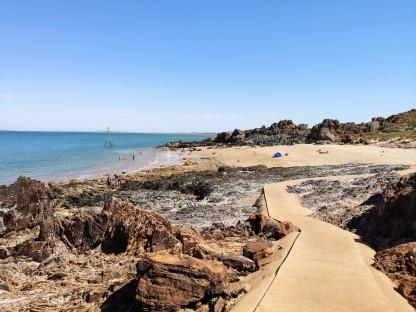 Honeymoon Cove Beach (Point Samson)