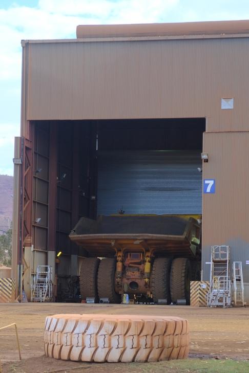 Haul Truck Work Shop