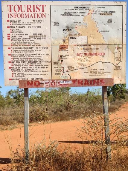 Strassenschild Dampier Peninsula