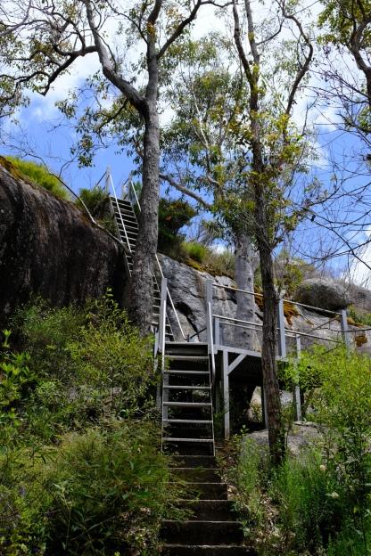 Treppenstufen zum Mount Frankland