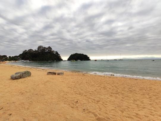 Kaiteriteri Beach am Morgen