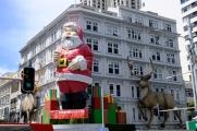 Santa Claus @ Queen Street
