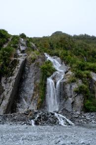 Wasserfall bei Franz Josef Glacier